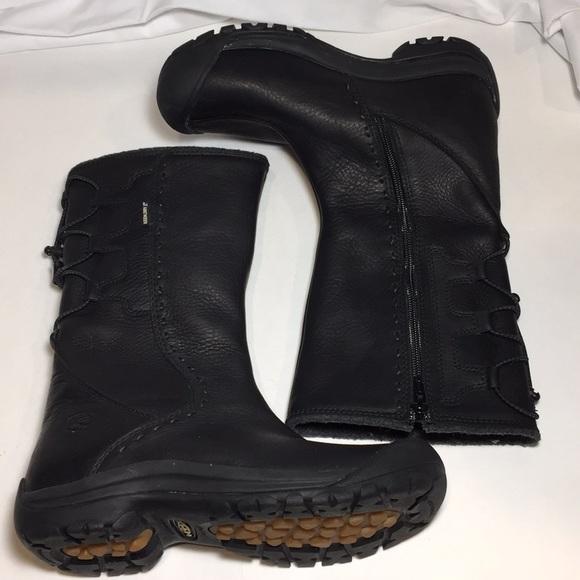 bcc9eb10d61 Keen Shoes | Winthrop Boots Black Womens Size 7 | Poshmark